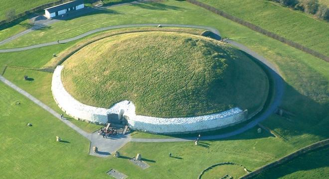 "Newgrange- just one of the famous attractions set to be promoted heavily in the new ""Ancient Ireland"" route"